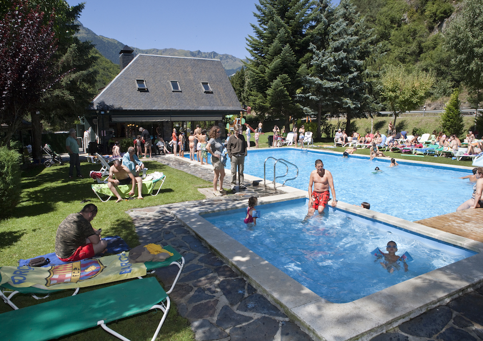 Piscina_MountainResort_ValdAran_Pirineo