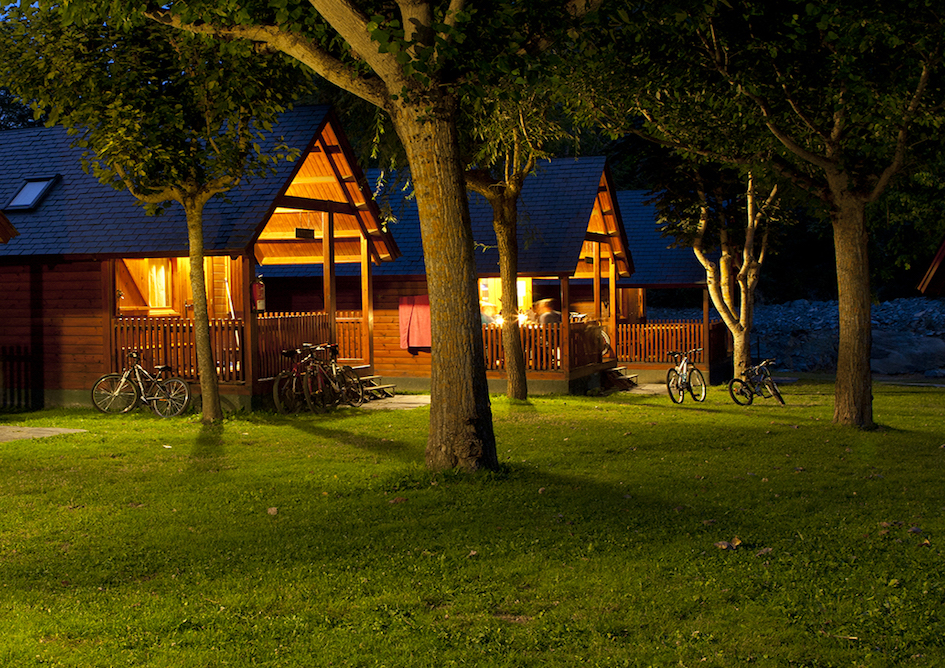 bungalows-verneda-camping-mountainresort