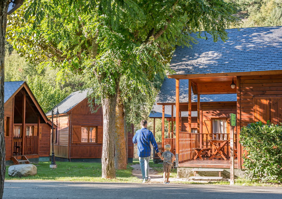 bungalows_camping_pirineo_verneda_camping_mountain_resort