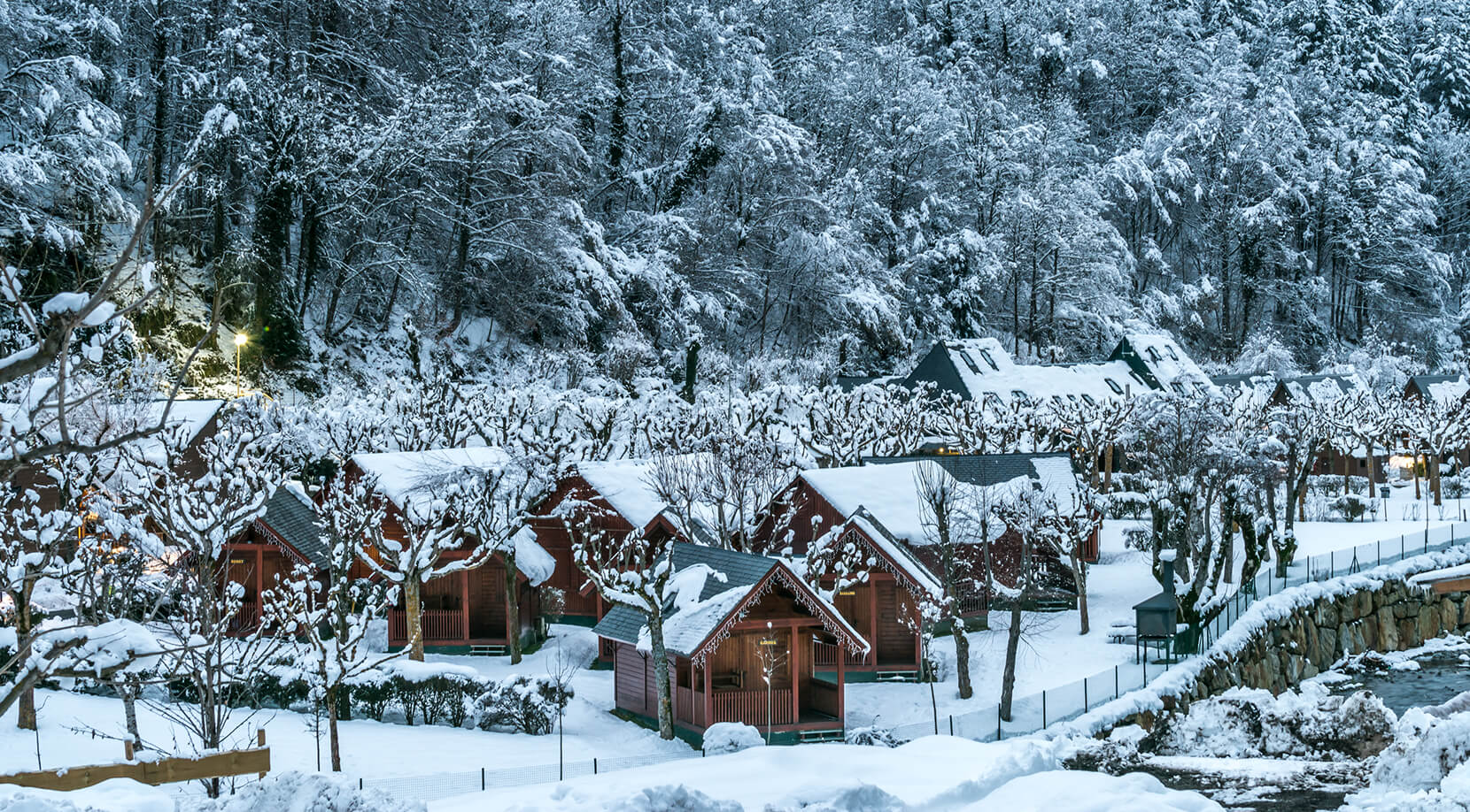 Cozy bungalows and cabins near Baqueira, Pyrenees